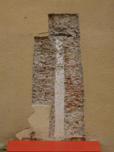 Sonda dofasády dolného hradu