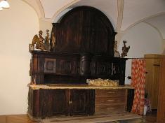 Baroková skriňa