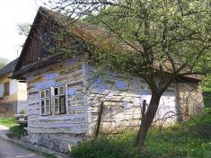 Pozostatky ľudovej architektúry